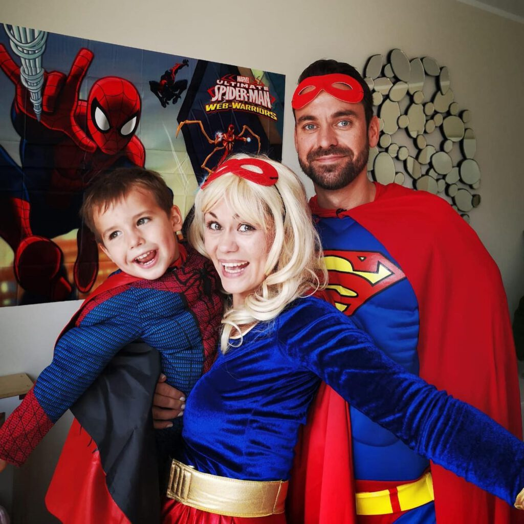 Kindergeburtstag nach Corona-Pandemie Superhelden